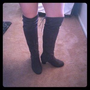 Thighhigh dark grey sued boots
